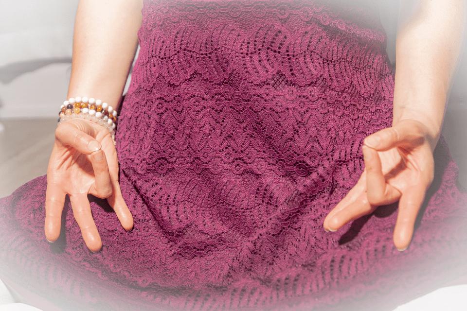 Soulager l'arthrose et l'arthrite avec une Mudra simple