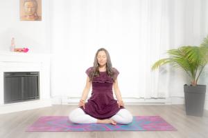 Apana Vayu Mudra permet de calmer les palpitations du cœur tant au niveau physique qu'émotionnel. Cette extraordinaire Mudra permet aussi de régulariser le rythme cardiaque.