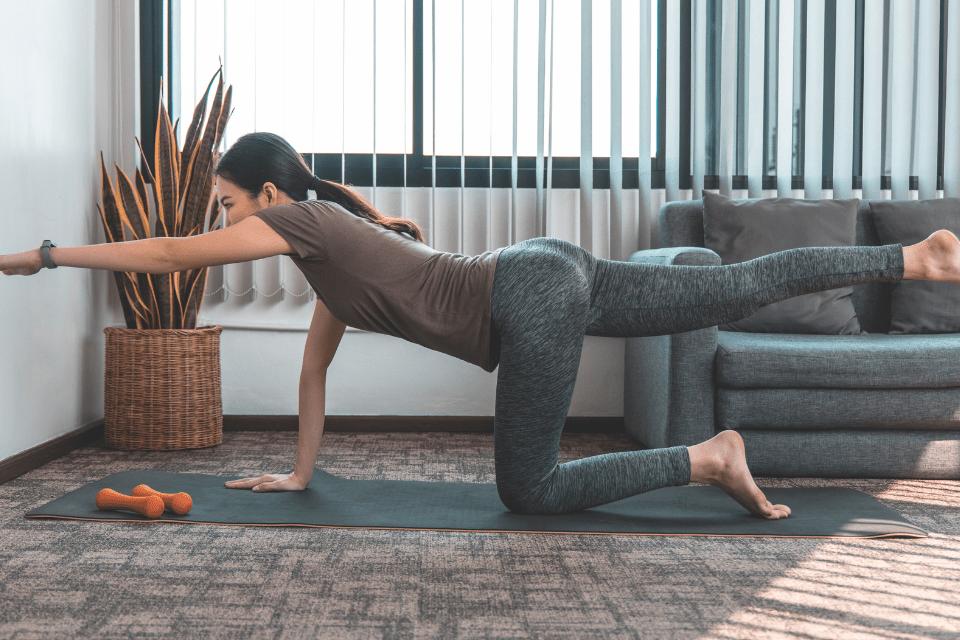Avez-vous déjà fait l'expérience d'une séance de Power Yoga ? Ce type de yoga est particulièrement intense, mais aussi très apprécié des adeptes.