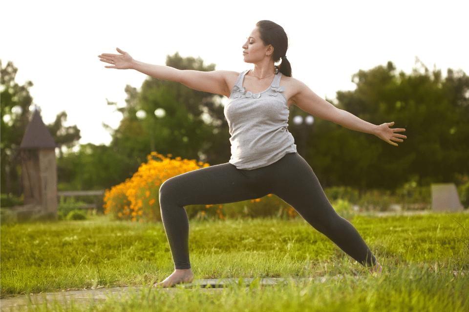 Vous vous demandez si le yoga est un moyen efficace d'affiner la taille ou votre silhouette ? Bonne nouvelle : la réponse est oui !